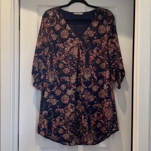 Bohemian shift dress with a twist